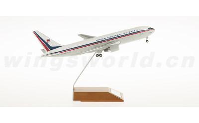 JC Wings 1:200 中华航空 Boeing 767-200 B-1838