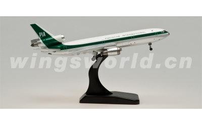 Witty 1:400 巴基斯坦航空 McDonnell Douglas DC-10 AP-AXC