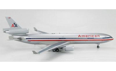 Hobby Master 1:200 美国航空 McDonnell Douglas MD-11 N1758B