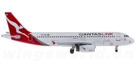 Qantas 澳洲航空 Airbus A320 VH-VQS