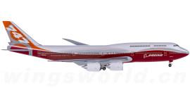 Boeing 747-8 N6067E 日出彩绘 地面姿势