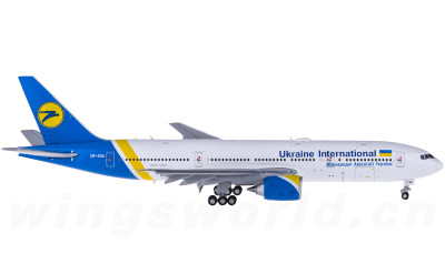 UIA 乌克兰国际航空 Boeing 777-200 UR-GOA 襟翼打开