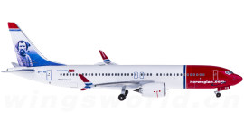 Norwegian Air Shuttle 挪威航空 Boeing 737 MAX 8 EI-FYB Tom Crean