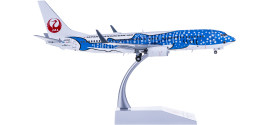 Japan Airlines 日本航空 Boeing 737-800 JA05RK 蓝色鲸鱼彩绘