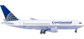 Continental Airlines 美国大陆航空 Boeing 767-200 N76151