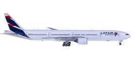 LATAM 南美航空集团 Boeing 777-300 PT-MUI