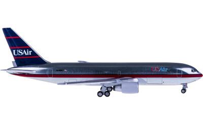 US Air Boeing 767-200 N648US