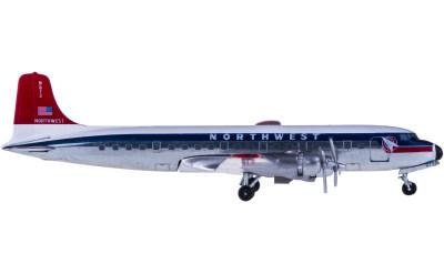 Northwest Airlines 西北航空 Douglas DC-6 N573