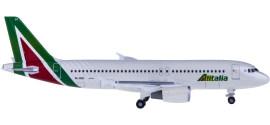 Alitalia 意大利航空 Airbus A320 EI-DSV