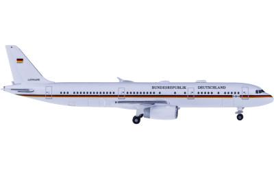Luftwaffe 德国空军 Airbus A321 15+04