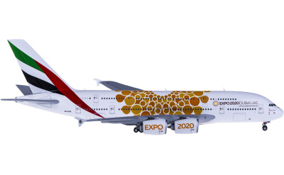 Emirates 阿联酋航空 Airbus A380 A6-EOU 世博彩绘