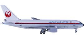 Japan Airlines 日本航空 Boeing 767-200 JA8233