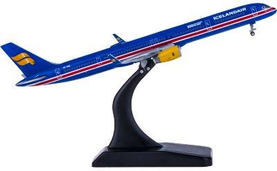 Icelandair 冰岛航空 Boeing 757-300 TF-ISX 独立100年
