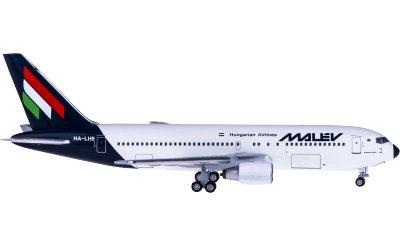 Malév 匈牙利航空 Boeing 767-200 HA-LHB