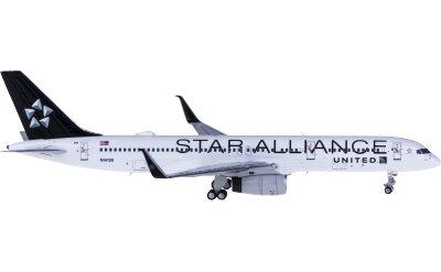 United Airlines 美国联合航空 Boeing 757-200 N14120 星空联盟