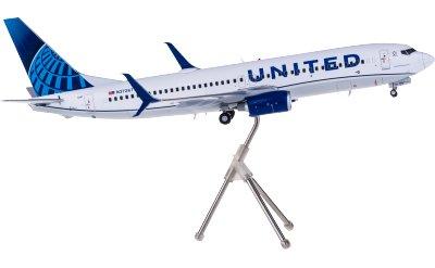 United Airlines 美国联合航空 Boeing 737-800 N37267