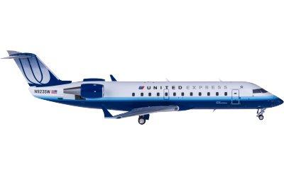 United Airlines 美国联合航空 Bombardier CRJ200 N923SW