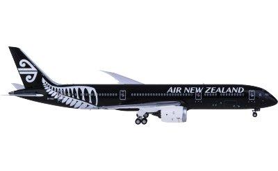 Air New Zealand 新西兰航空 Boeing 787-9 ZK-NZE 全黑彩绘
