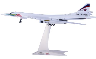 Herpa 1:200 Russian Air Force 俄罗斯空军 Tupolev TU-160 RF-94105