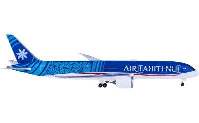 Air Tahiti Nui 大溪地航空 Boeing 787-9 Dreamliner F-OMUA Fakarava
