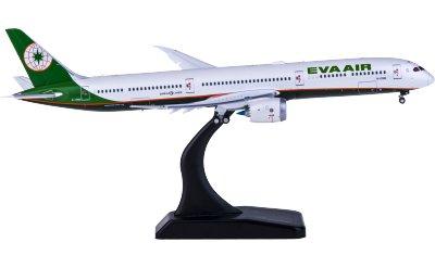 EVA Air 长荣航空 Boeing 787-10 B-17801 襟翼打开