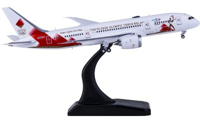 JC Wings 1:400 Japan Airlines 日本航空 Boeing 787-8 Dreamliner JA837J Torch Relay