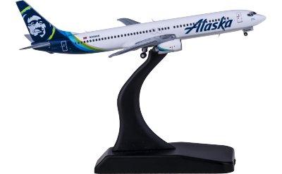 Alaska Airlines 阿拉斯加航空 Boeing 737-900 N303AS