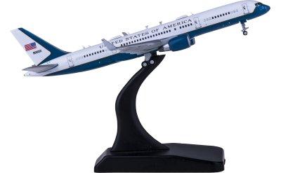 Geminijets 1:400 USAF 美国空军 Boeing 757-200 (C-32A) 80002