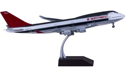 Northwest Airlines 西北航空 Boeing 747-400 N663US