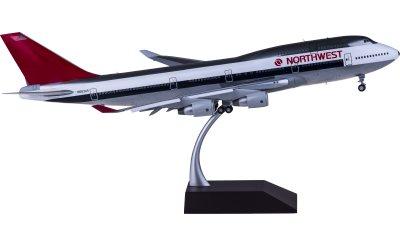 Northwest Airlines 西北航空 Boeing 747-400 N663US 襟翼打开