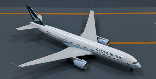 Cathay Pacific 国泰航空 Airbus A350-900 B-LRB  PH04085 Phoenix 1:400