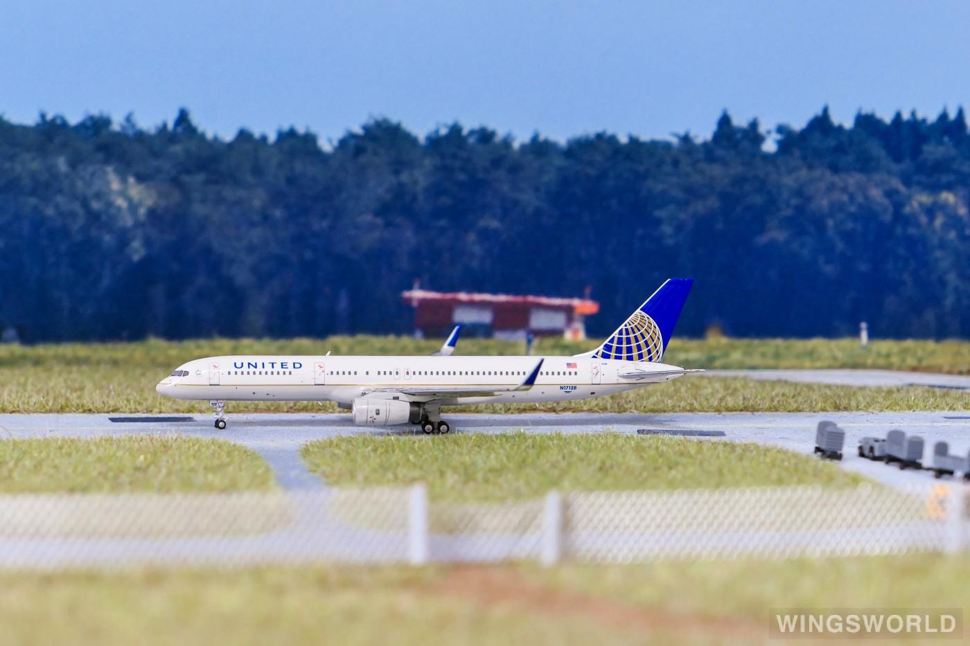 Ngmodel 1:400 NG53041 United Airlines 美国联合航空 Boeing 757-200 N17128