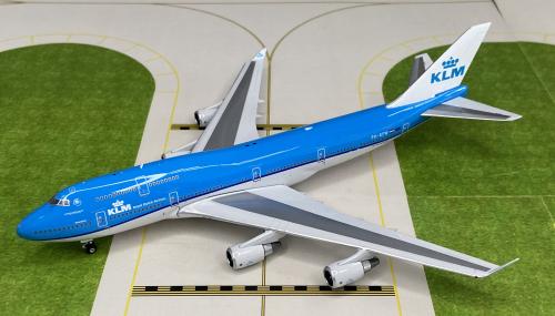 KLM 荷兰皇家航空 Boeing 747-400 PH-BFW  PH04202 Phoenix 1:400
