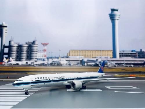 China Southern 中国南方航空 Boeing 777-300 B-209Y  PH11558 Phoenix 1:400