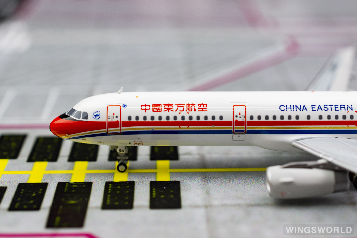 HYJLwings 1:400 HYJL81015 China Eastern 中国东方航空 Airbus A321 B-6886