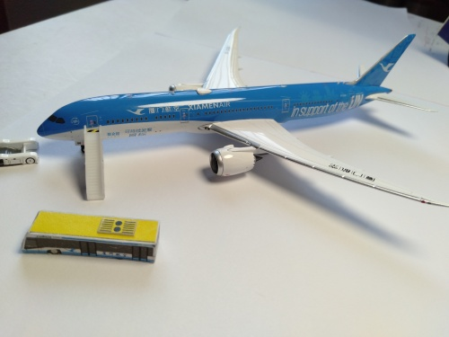 XiamenAir 厦门航空 Boeing 787-9 B-1356 联合国彩绘 PH11454 Phoenix 1:400