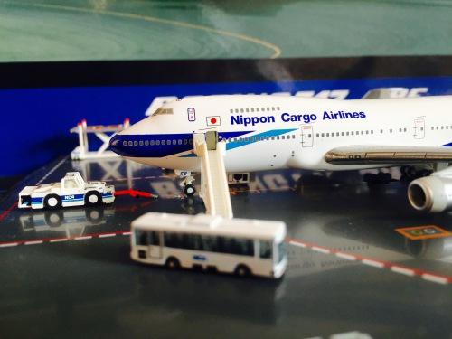 Nippon Cargo Airlines 日本货物航空 Boeing 747-100 JA8158  KZG44403 Hogan 1:400