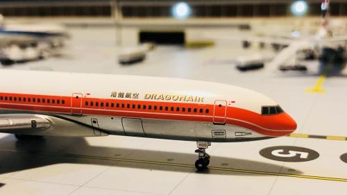 Dragonair 港龙航空 Lockheed L-1011 TriStar VR-HOD  BBXXXX Blue box 1:400