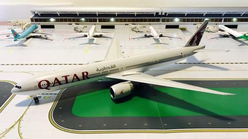 Qatar 卡塔尔航空 Boeing 777-300ER A7-BAC  G2QTR477 Geminijets 1:200