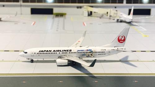 Japan Airlines 日本航空 Boeing 737-800 JA318J  PH11206 Phoenix 1:400