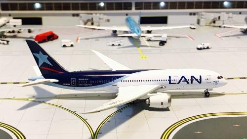 LAN Airlines 智利航空 Boeing 787-8 CC-BBA  GJLAN1220 Geminijets 1:400