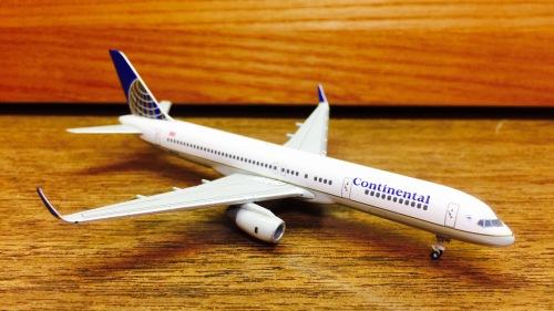 Continental Airlines 美国大陆航空 Boeing 757-200 N67134  561822 Herpa 1:400