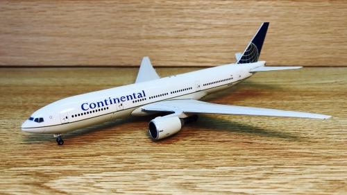 Continental Airlines 美国大陆航空 Boeing 777-200 N27015  GJCOA1024 Geminijets 1:400