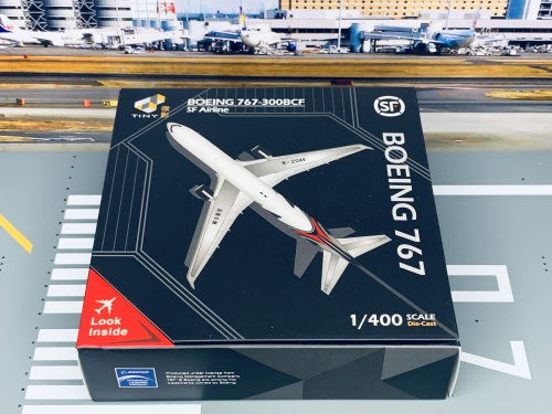 SF Airlines 顺丰航空 Boeing 767-300 B-20AV  ATC40006 Tiny 微影 1:400