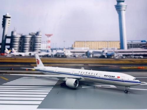 Air China 中国国际航空 Boeing 777-300ER B-7973  AV4042 Aviation400 1:400
