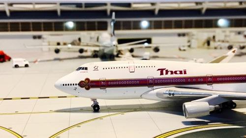 Thai Airways 泰国国际航空 Boeing 747-400 HS-TGT  BB4-2004-17 Big Bird 1:400