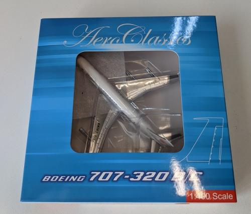 Air China 中国国际航空 Boeing 707-300 B-2406  AC419699A AeroClassics 1:400