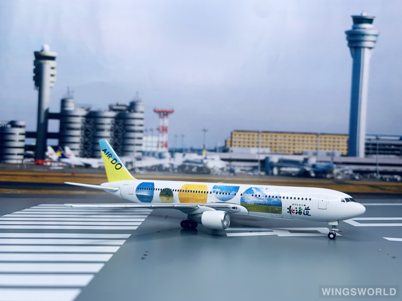 Geminijets 1:400 15767A Air Do 北海道国际航空 Boeing 767-300 JA01HD