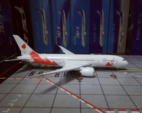 Japan Airlines 日本航空 Boeing 787-8 JA837J  PH04324 Phoenix 1:400