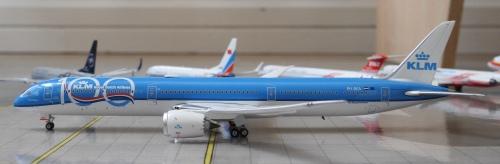 KLM 荷兰皇家航空 Boeing 787-10 PH-BKA  GJKLM1890F Geminijets 1:400